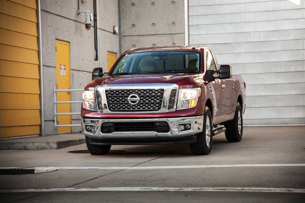 2017_Nissan_TITAN_SV_Single_Cab_06