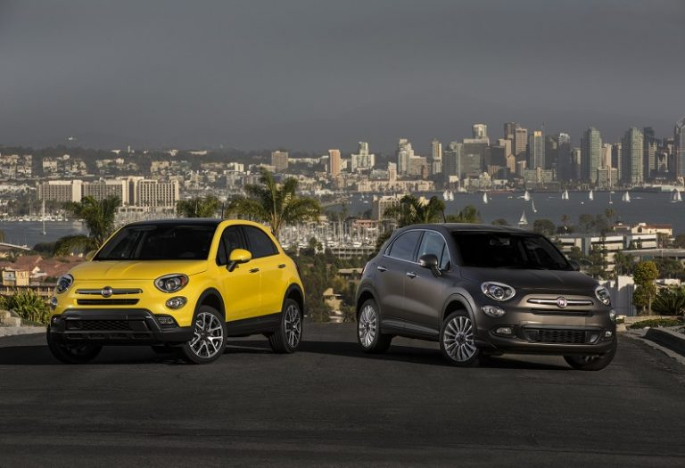 2016 Fiat 500X (left to right) Trekking Plus and Lounge