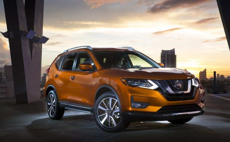 """Nissan continues """"Year of the Truck"""" momentum with world deb"""