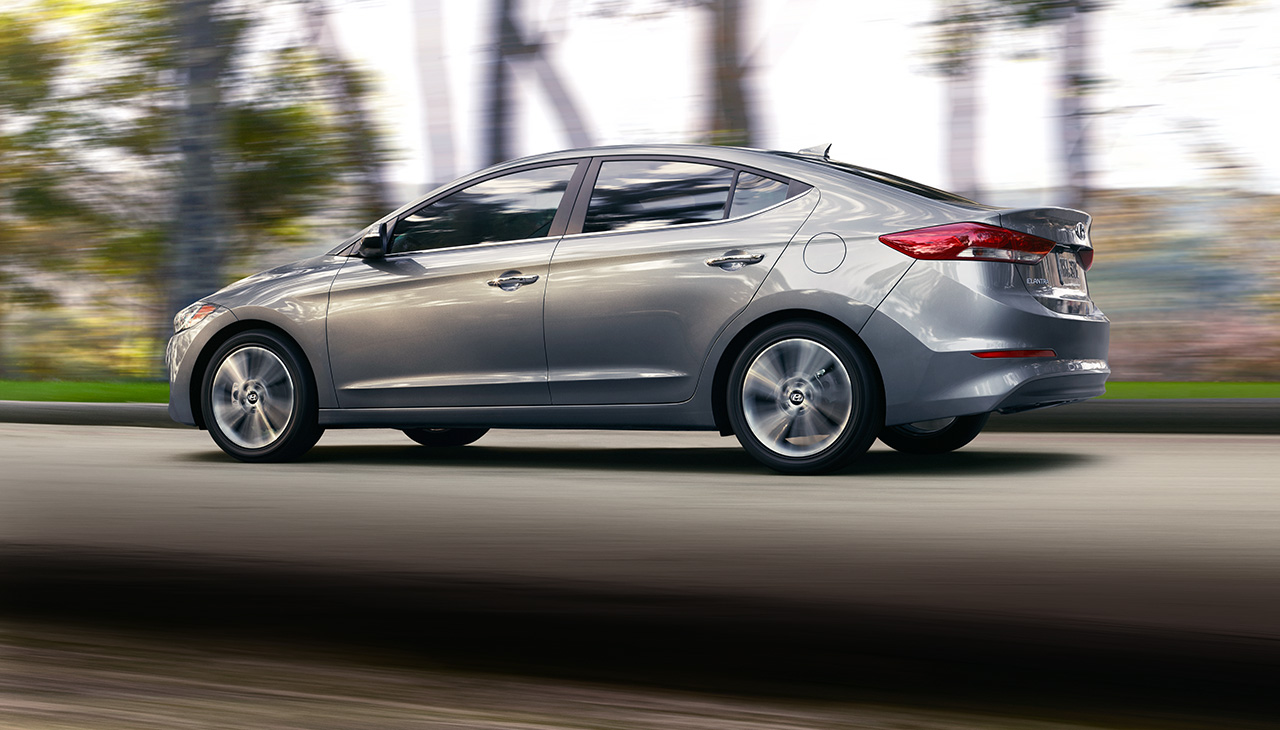 2017-hyundai-elantra-performance-03