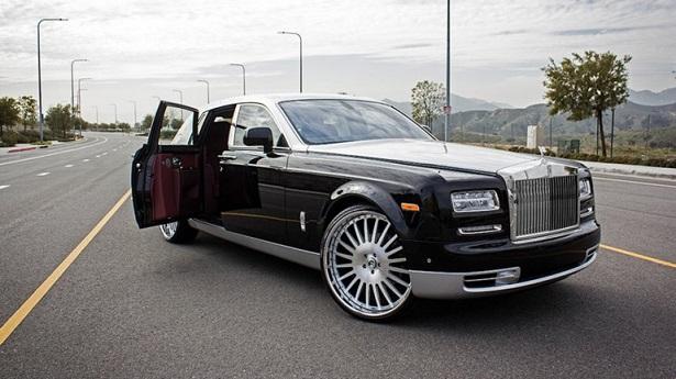 rr-phantom-trump-car