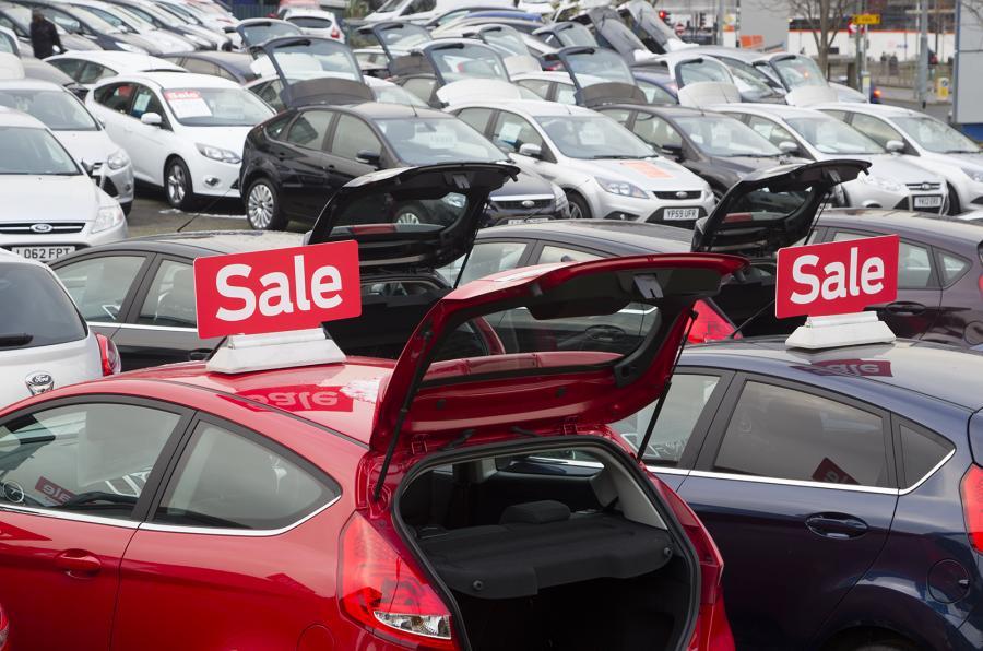 car-dealer-11