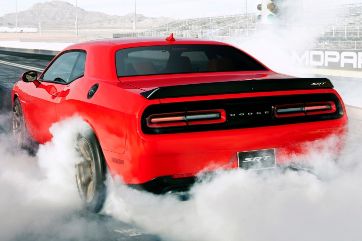 2016_dodge_challenger_coupe_srt-hellcat_
