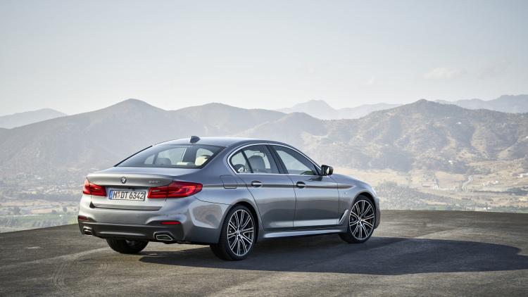 2017 BMW serie 5.2 (1)