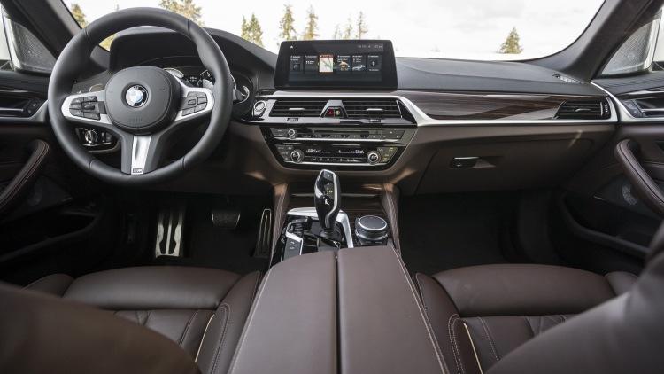 2017 BMW serie 5.3