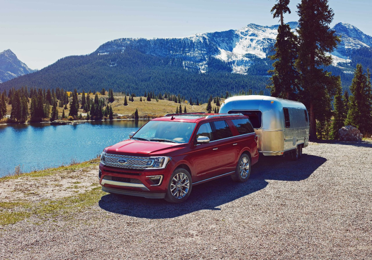 2017-Ford-Expedition-..