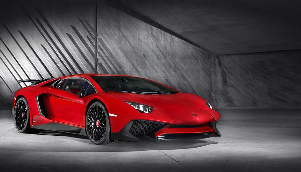 Lamborghini-Aventador-LP750-4-Superveloce-