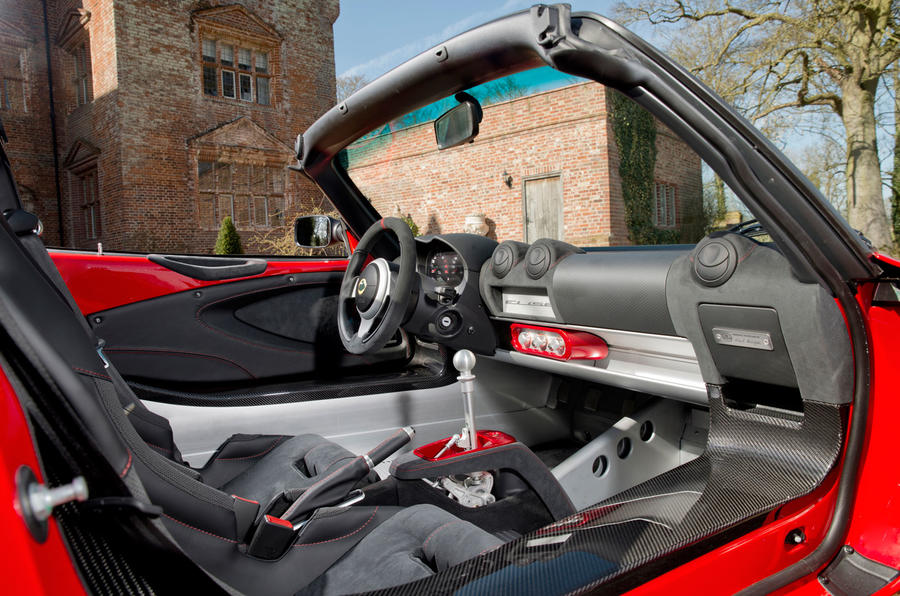 lotus-elise-sprint-220-interior-med-res-9
