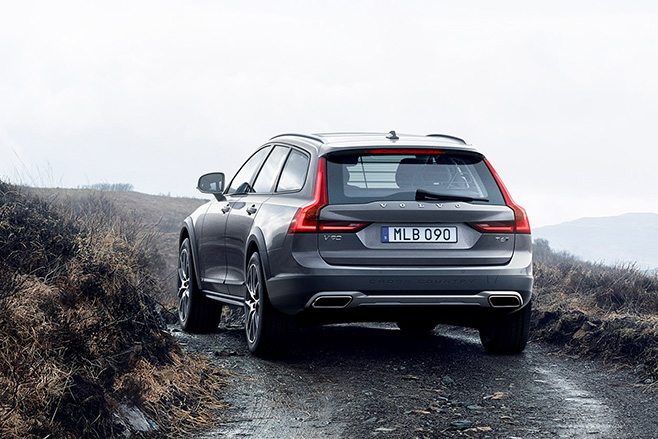 volvo-v90-cross-country- .. (1)