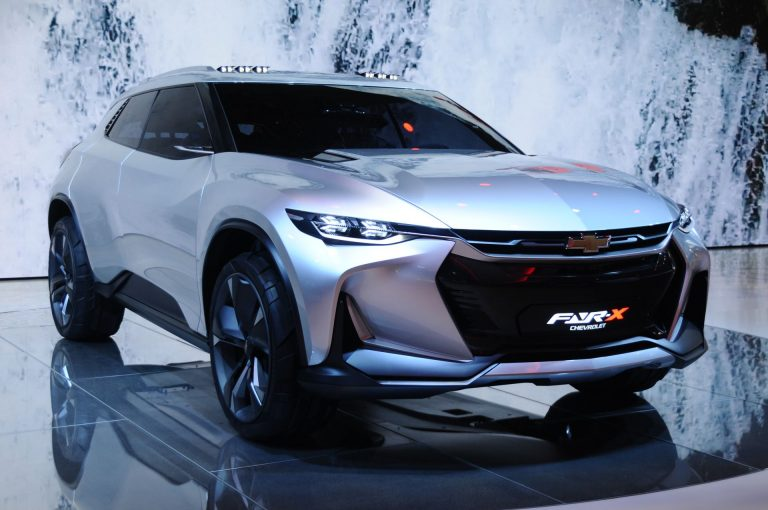 Chevrolet's sporty FNR-X crossover