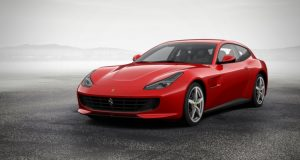 Ferrari GTC4Lusso (1)