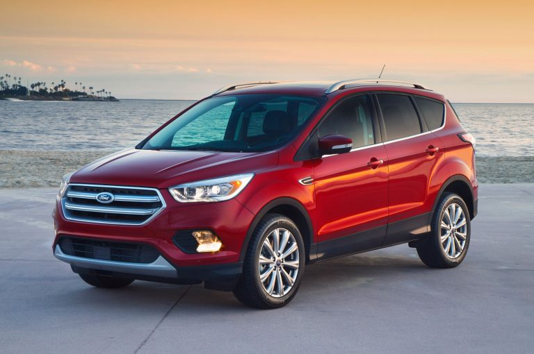 2017-Ford-Escape-