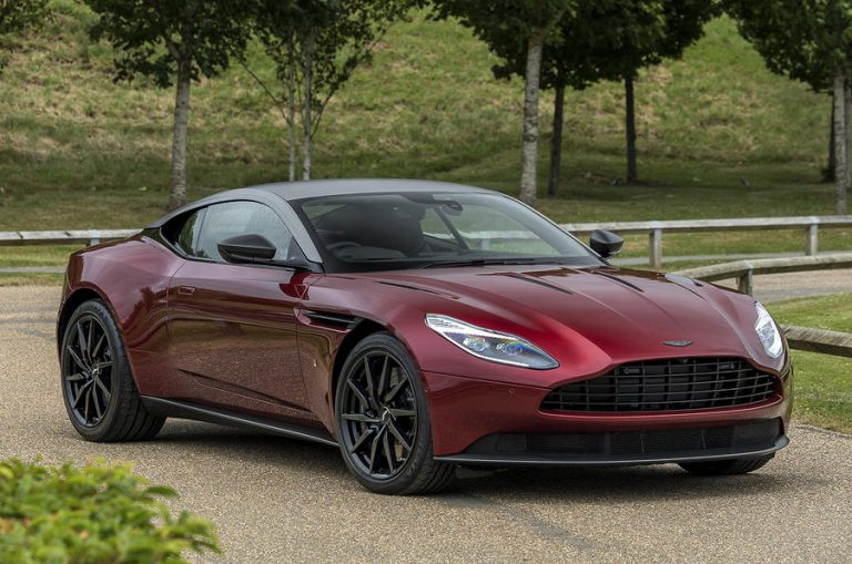 henley_regatta_q_by_aston_martin_collection_02