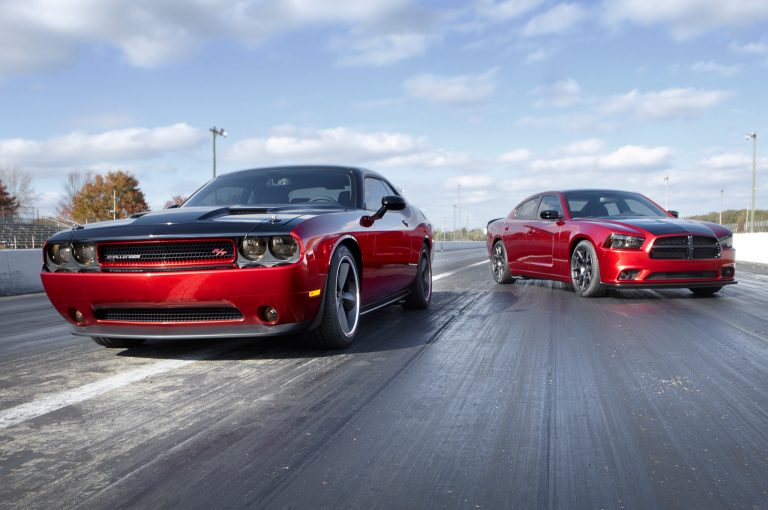 2014-Dodge-Challenger-and-Charger-