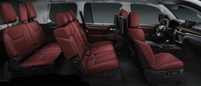 2017-Lexus-LX-570-seats-1