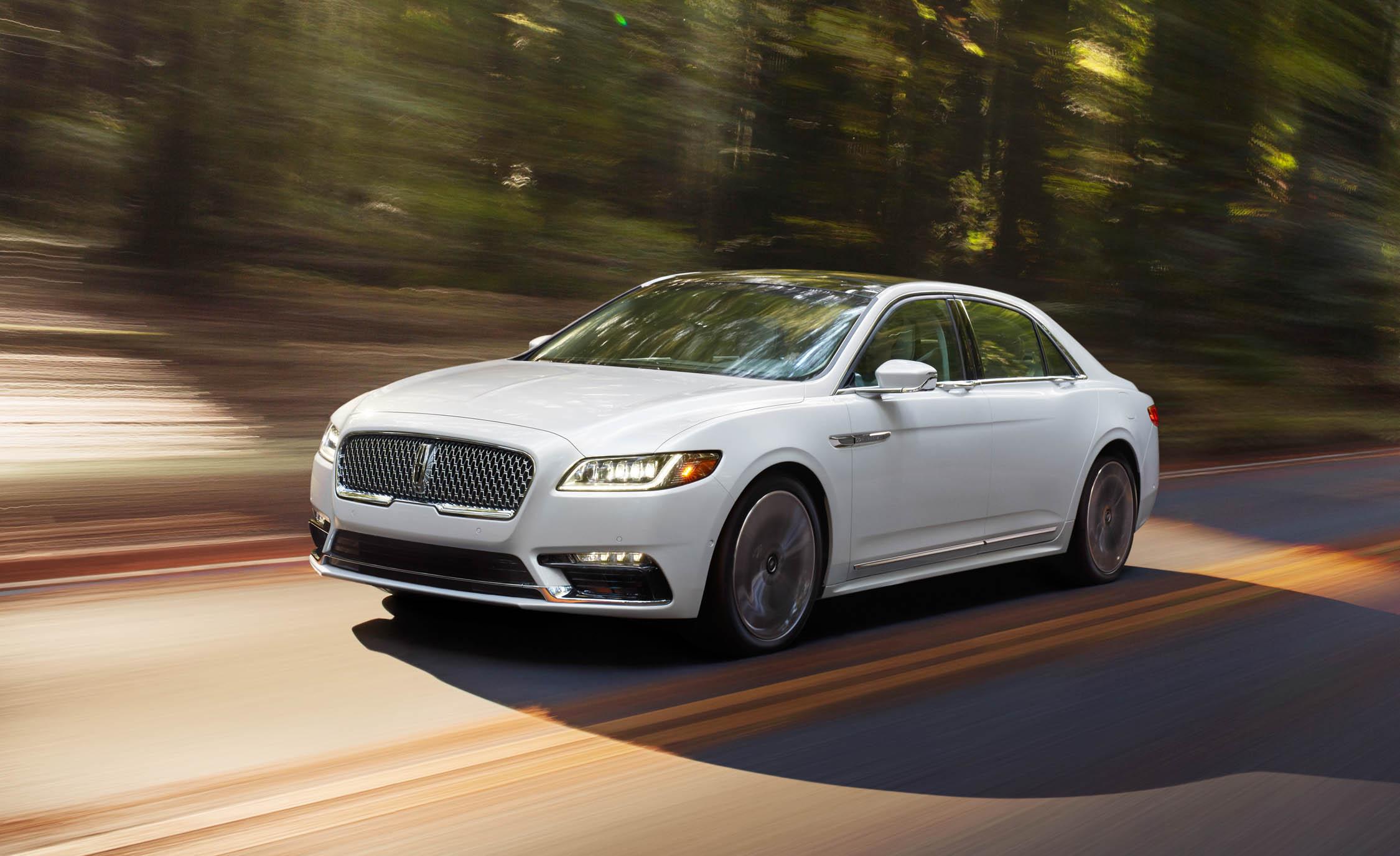 2017-Lincoln-Continental-4
