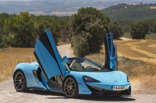 McLaren_570S_Spider_Drive-0004