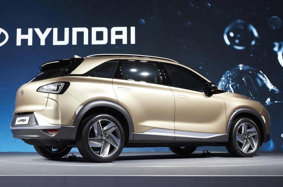 170817-hyundai-motors-next-gen-fuel-cell-suv_6