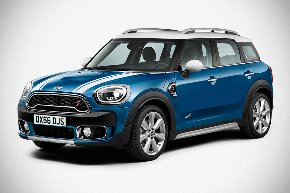 2017-MINI-Countryman- a
