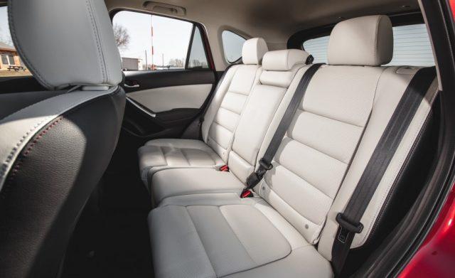 2017-Mazda-CX-5-rear-seats-