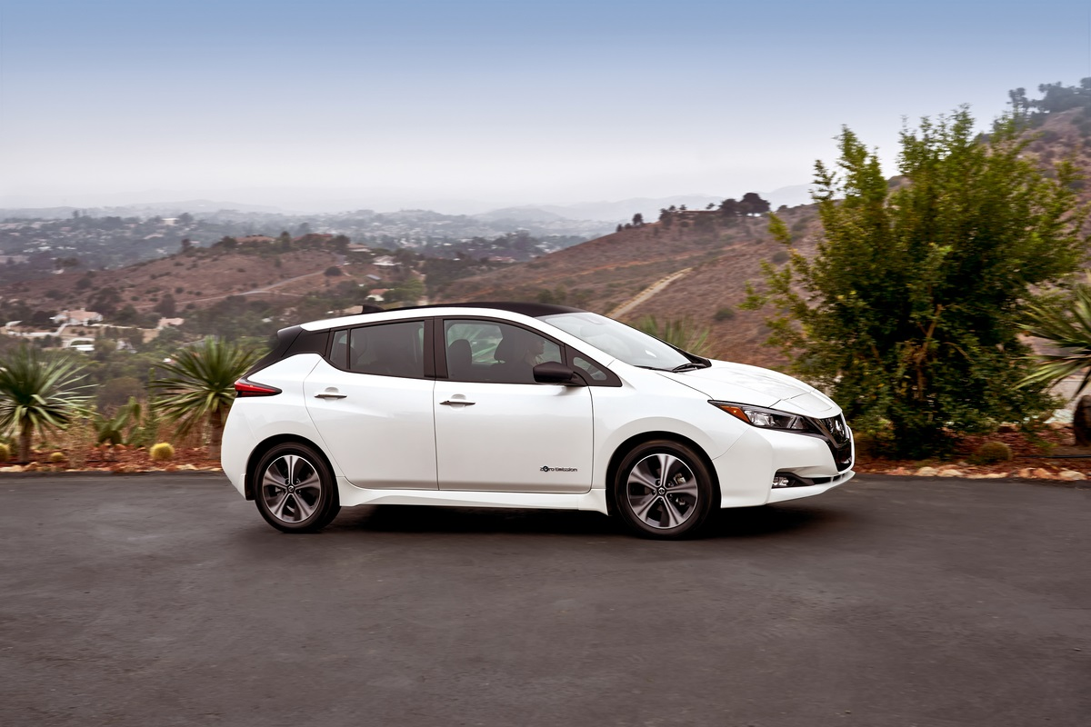 2018 Nissan LEAF makes North American debut