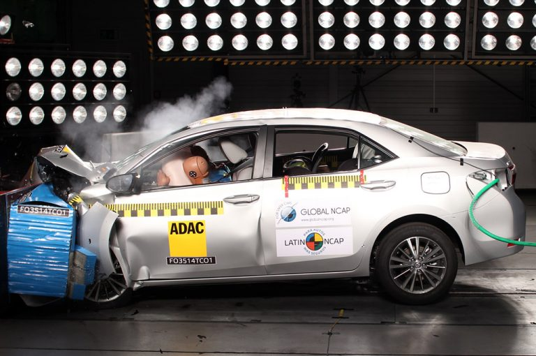 LatinNCAP-New-Corolla-1