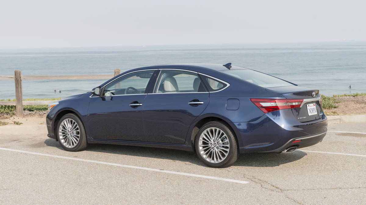 Toyota Avalon sedan 2018