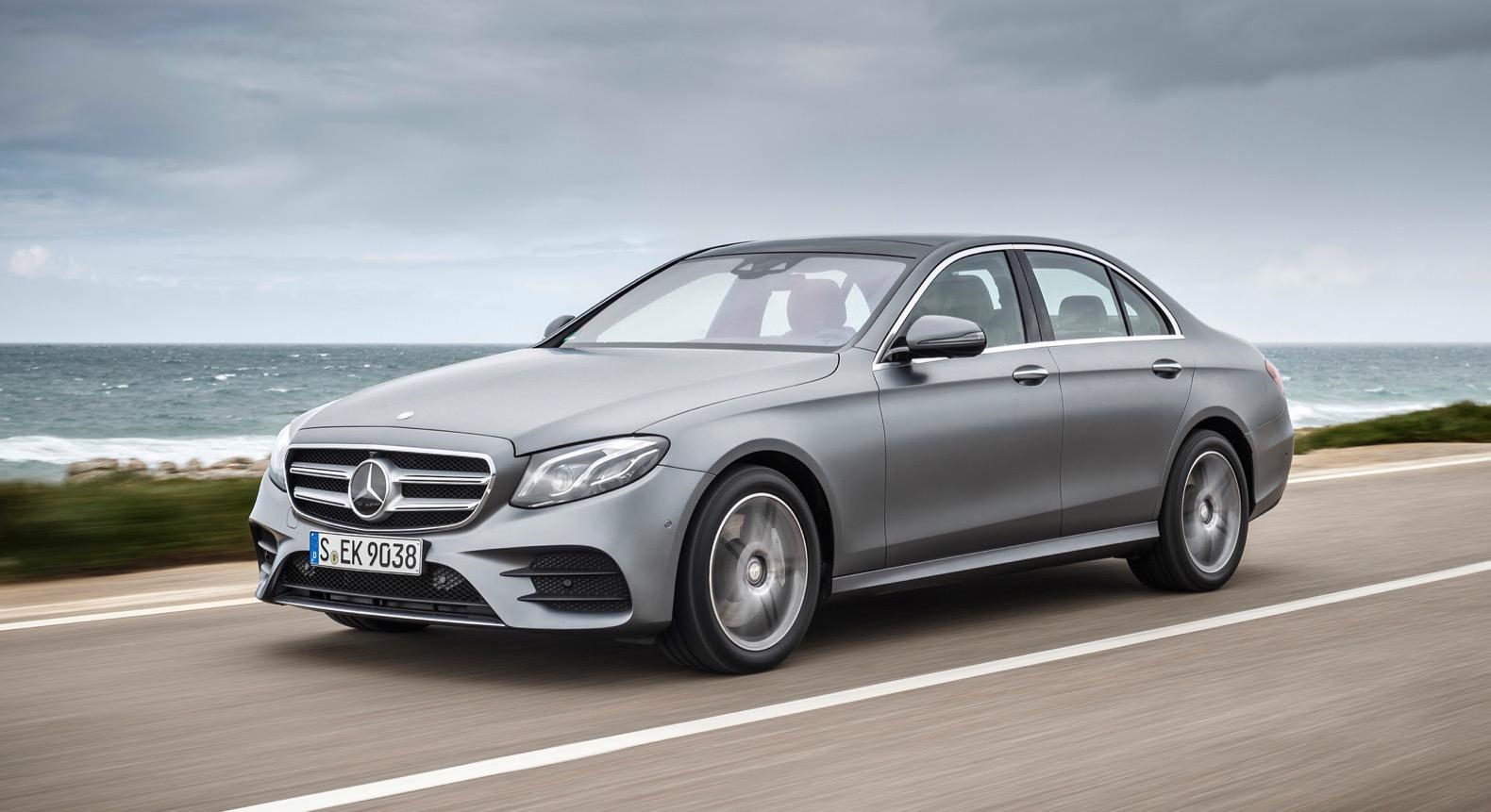 Prueba de manejo mercedes benz sedan clase e puros autos for Mercedes benz delaware