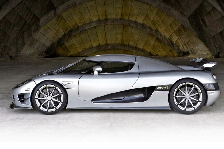 4-8-million-koenigsegg-ccxr-trevita_
