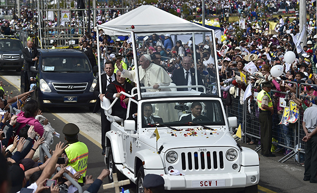 ECUADOR-POPE-MASS