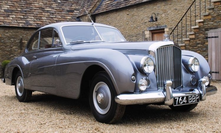 7-1952-bentley-r-type-continental