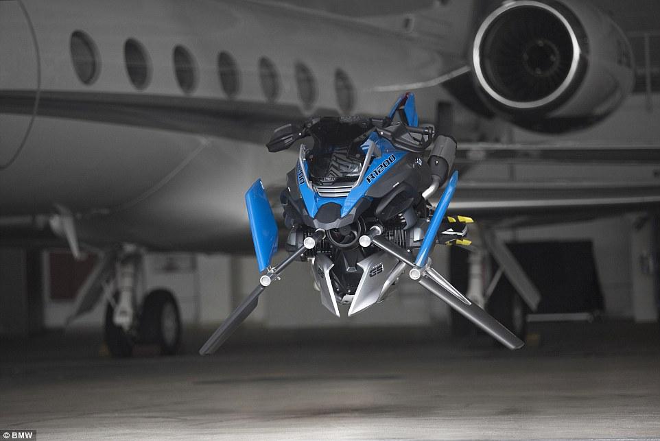 BMW moto voladora