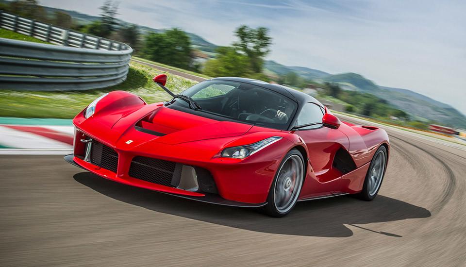 Ferrari-LaFerrari-