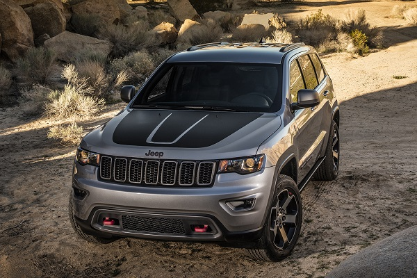 2017-Jeep-Grand-Cherokee-Trailhawk-ccc