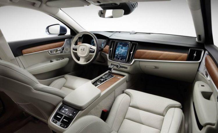Volvo-V90-Dashboard