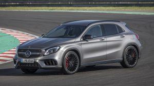 1. Mercedes-AMG GLA45 2.0L turboalimentado I4,