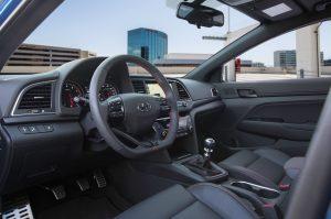2017-Hyundai-Elantra-Sport-interior-1 (1)
