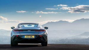 Aston martin DB11..