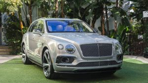 bentley-debuts-bentayga-first-edition