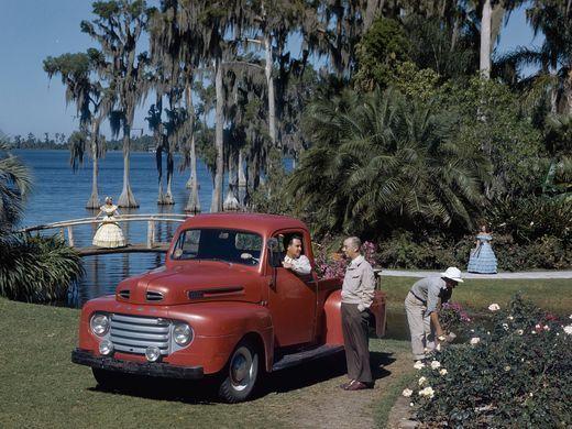 1950-Ford-F-1-truck-