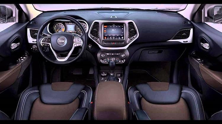 2018-Jeep-Grand-Cherokee-Trackhawk-8