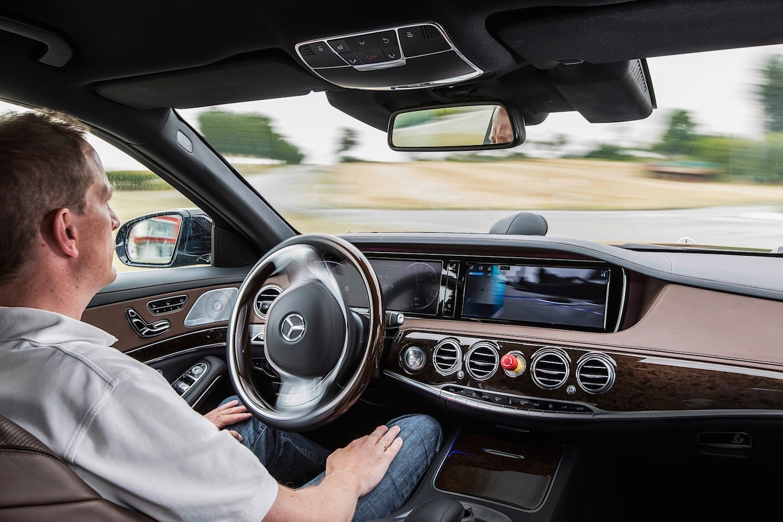Mercedes-S-Class-Autonomous-Tech