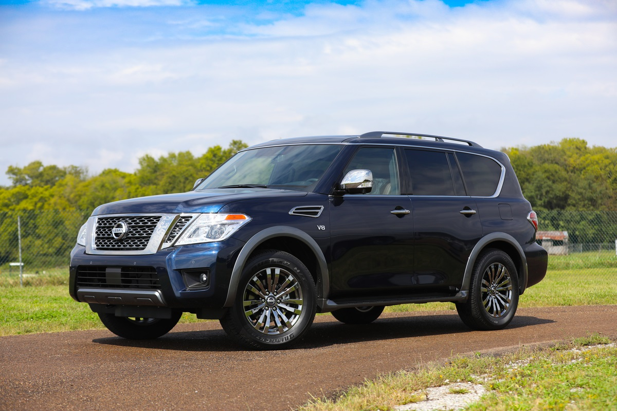 2018 Nissan Armada Platinum Reserve makes world debut at State F