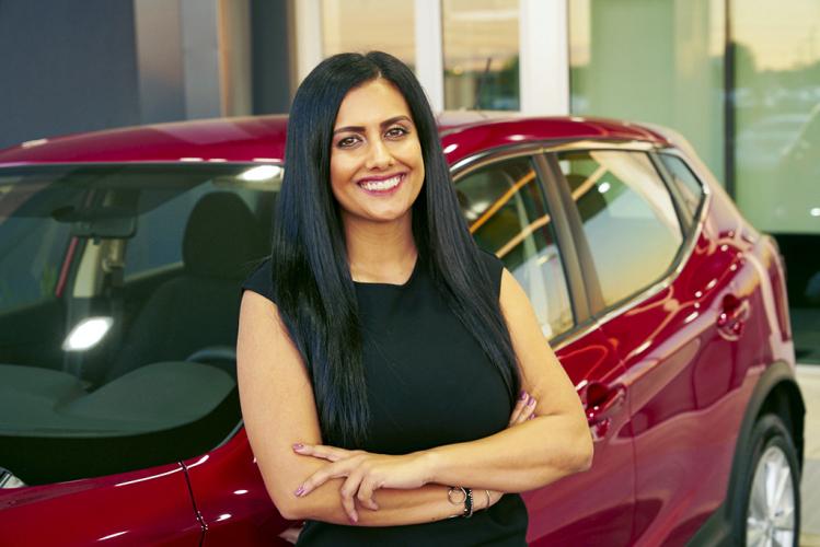 a las mujeres no las atrae vender autos